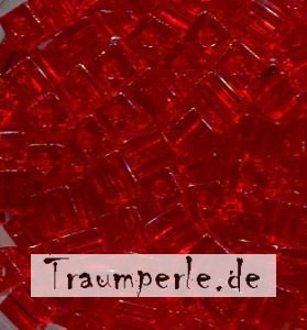 4 mm Würfel Transparent Light Red 140